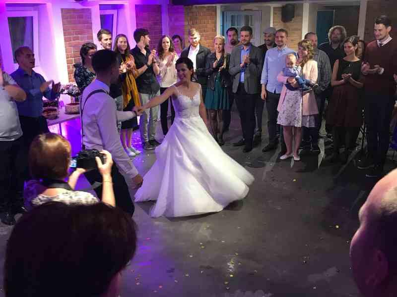 villa na landeku svatba dj