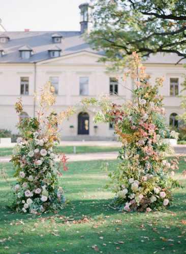 chateau mcely wedding editorial nikol bodnarova 07